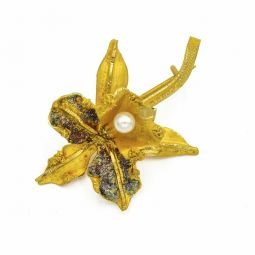 Pre-owned 18ct Gold And Pearl Flower Brooch