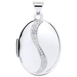 9ct Gold Oval Shaped Locket with Diamond