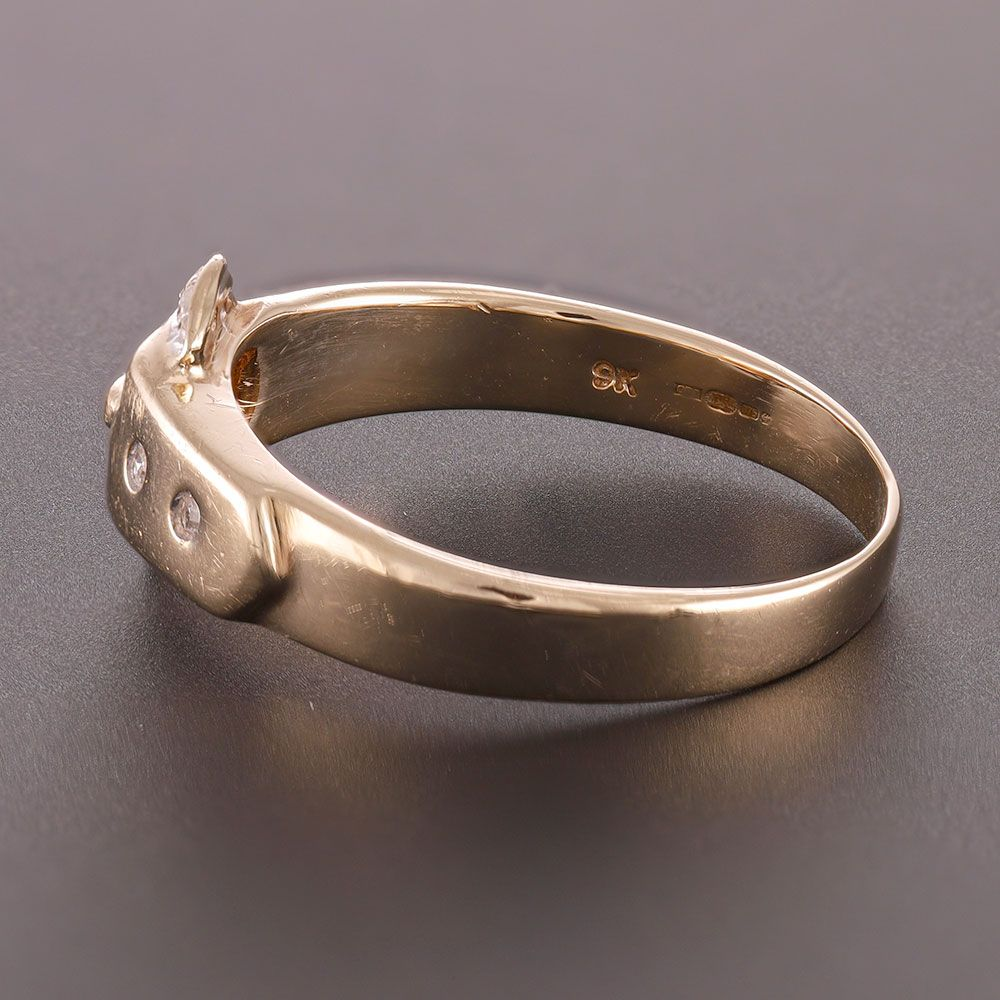 Pre-Owned 9ct Yellow Gold Buckle Ring Diamond Gold