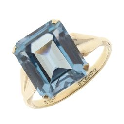 Pre-owned 9ct Yellow Gold Blue Topaz Dress Ring - Size M