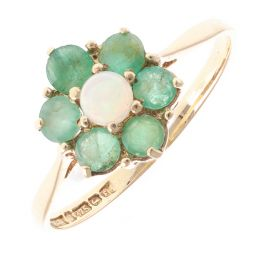 Pre-Owned 9ct Yellow Gold Opal & Emerald Dress Ring - 1.5g