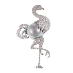Pre-owned 18ct White Gold Flamingo Pearl Brooch - 16g