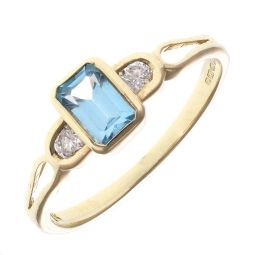 Pre-Owned 9ct Yellow Gold Three Stone Ring