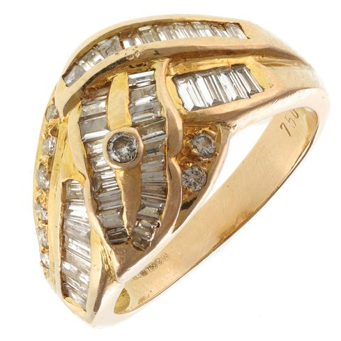 Pre-Owned 18ct Yellow Gold Diamond Cluster Ring - 7g  Diamond Gold